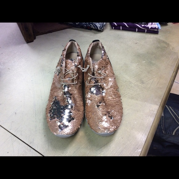wholesale price coupon codes sneakers Edward Meller shoes